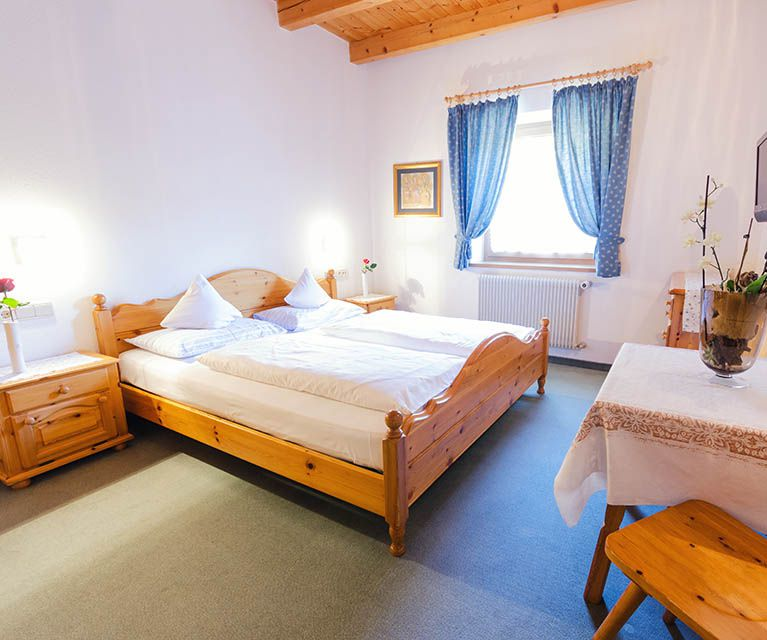 Link: Our rooms in Corvara